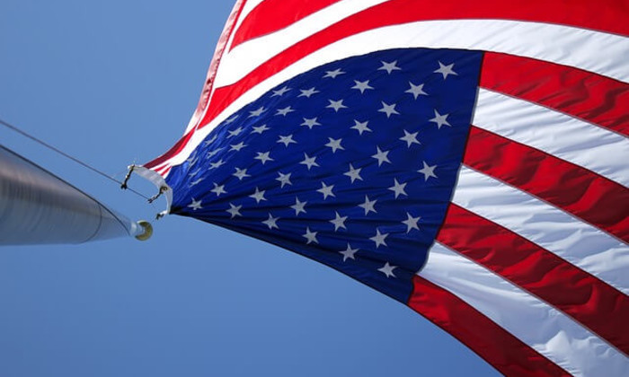 american_flag_(2).jpg